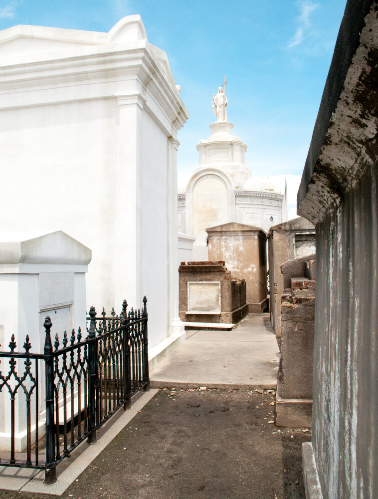 New Orleans Cemetery Tours - St  Louis Cemetery